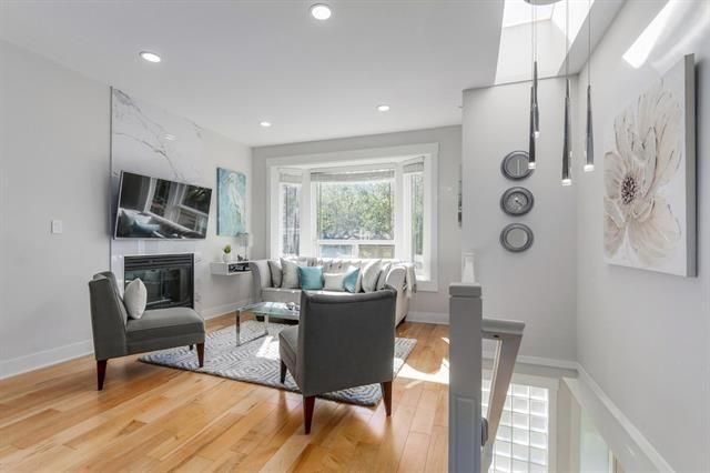 Photo 3: Photos: 4554 DUMFRIES ST in VANCOUVER: Knight House for sale (Vancouver East)  : MLS®# R2110266