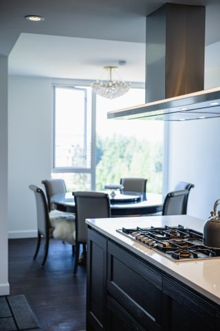 """Photo 14: 2105 3355 BINNING Road in Vancouver: University VW Condo for sale in """"Binning Tower"""" (Vancouver West)  : MLS®# R2611409"""