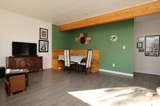 Photo 2: 431 X Avenue South in Saskatoon: Meadowgreen Residential for sale : MLS®# SK872070