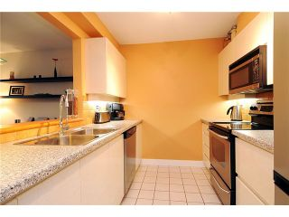 """Photo 17: 705 2288 PINE Street in Vancouver: Fairview VW Condo for sale in """"THE FAIRVIEW"""" (Vancouver West)  : MLS®# V852538"""