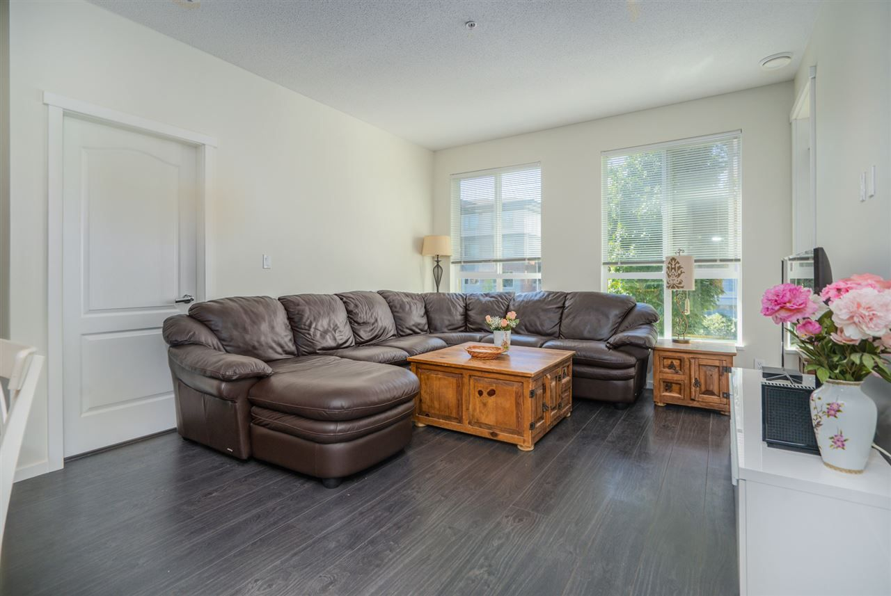 """Photo 11: Photos: 216 3107 WINDSOR Gate in Coquitlam: New Horizons Condo for sale in """"BRADLEY HOUSE"""" : MLS®# R2481599"""