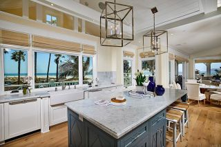 Photo 8: House for sale : 5 bedrooms : 1001 Loma Ave in Coronado