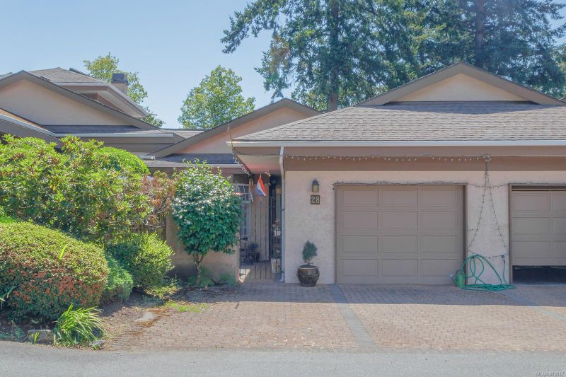 FEATURED LISTING: 28 - 901 Kentwood Lane