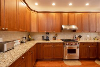 """Photo 11: 74 1701 PARKWAY Boulevard in Coquitlam: Westwood Plateau House for sale in """"TANGO"""" : MLS®# R2572995"""