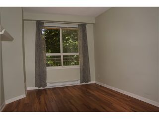 Photo 5: # 206 8495 JELLICOE ST in Vancouver: Fraserview VE Condo for sale (Vancouver East)  : MLS®# V1069366