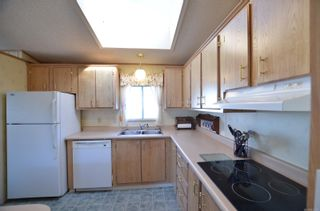 Photo 10: 141 7 Chief Robert Sam Lane in : VR Glentana Manufactured Home for sale (View Royal)  : MLS®# 855178