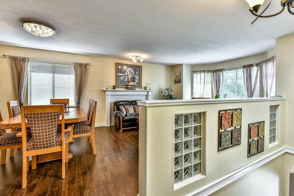 Photo 2: Photos: 15727 81A Avenue in Surrey: Fleetwood Tynehead House for sale : MLS®# R2074657