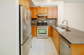 """Photo 4: 111 5955 IONA Drive in Vancouver: University VW Condo for sale in """"FOLIO"""" (Vancouver West)  : MLS®# R2269280"""