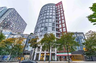 """Photo 1: 608 933 SEYMOUR Street in Vancouver: Downtown VW Condo for sale in """"THE SPOT"""" (Vancouver West)  : MLS®# R2563469"""