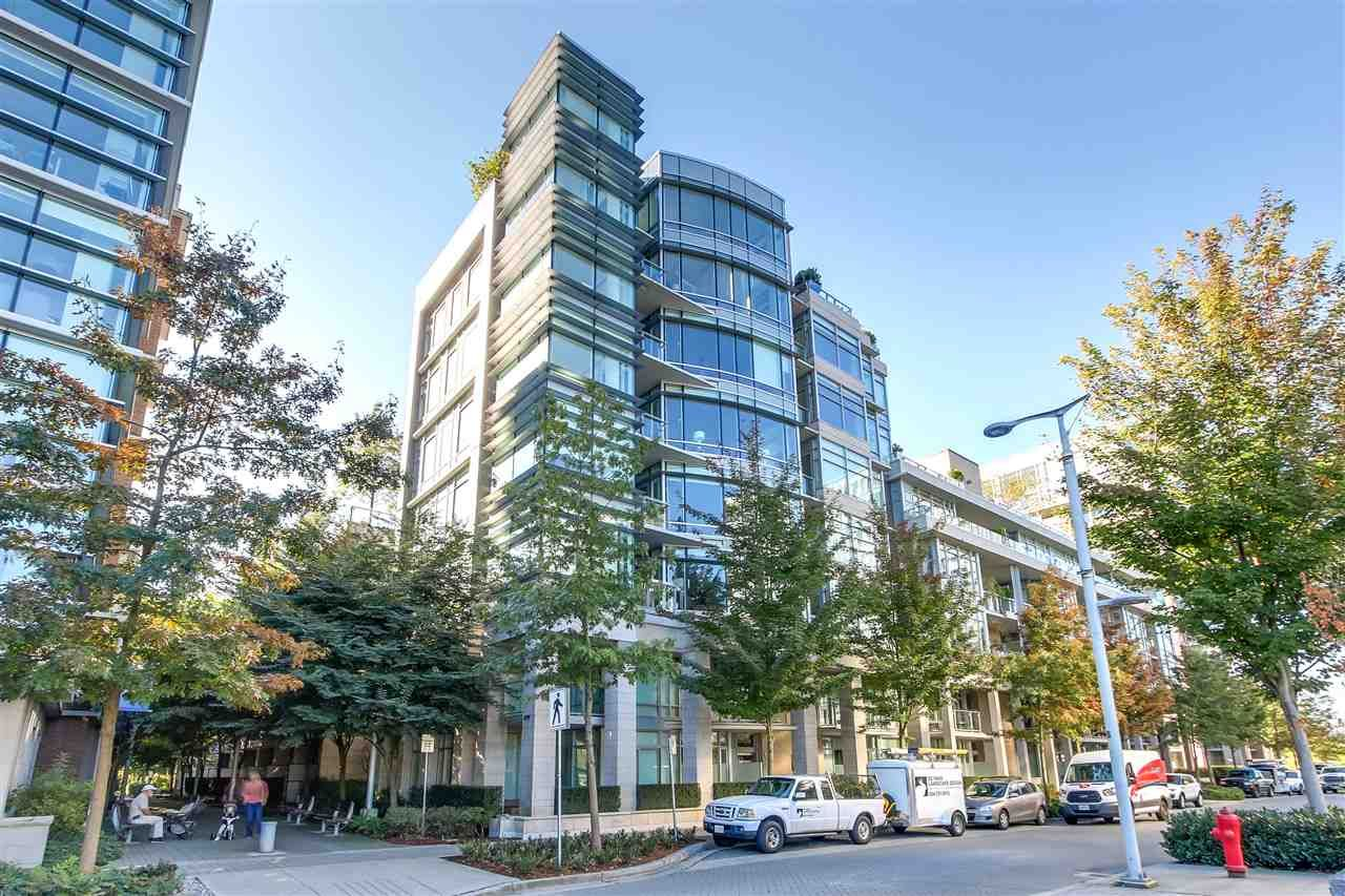 """Main Photo: 301 150 ATHLETES Way in Vancouver: False Creek Condo for sale in """"THE BRIDGE"""" (Vancouver West)  : MLS®# R2278421"""