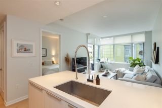"""Photo 8: 403 181 W 1ST Avenue in Vancouver: False Creek Condo for sale in """"BROOK AT THE VILLAGE AT FALSE CREEK"""" (Vancouver West)  : MLS®# R2576731"""