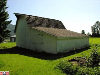 """Photo 3: 651 ARNOLD Road in Abbotsford: Sumas Prairie House for sale in """"ARNOLD"""""""