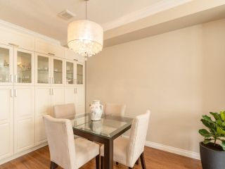 "Photo 5: 27 5240 OAKMOUNT Crescent in Burnaby: Oaklands Townhouse for sale in ""SANTA CLARA"" (Burnaby South)  : MLS®# R2542341"