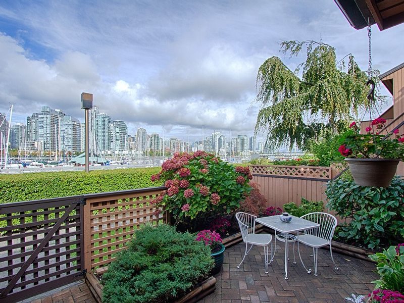 FEATURED LISTING: 1030 IRONWORK PASSAGE Vancouver