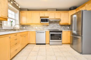 Photo 3: 289 Rutledge Street in Bedford: 20-Bedford Residential for sale (Halifax-Dartmouth)  : MLS®# 202116673