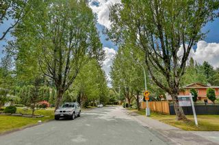Photo 3: 9295 151A Street in Surrey: Fleetwood Tynehead House for sale : MLS®# R2097594