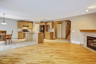 Photo 8: 38 SOMERSIDE Crescent SW in Calgary: Somerset House for sale : MLS®# C4142576