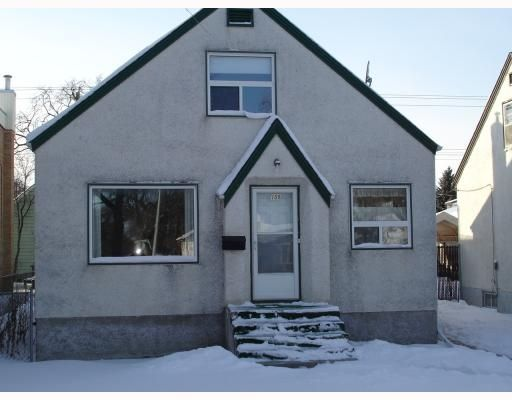 Main Photo: 108 St. Anne's Rd in Winnipeg: Residential for sale : MLS®# 2900016