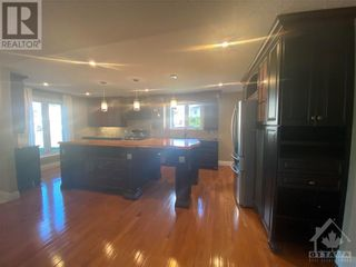 Photo 2: 964 WARBLER BAY in Ottawa: House for rent : MLS®# 1250872