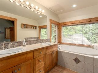 Photo 13: 2601 THE Boulevard in Squamish: Garibaldi Highlands House for sale : MLS®# R2176534