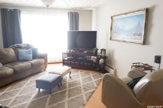 Photo 9: 112 Wood Crescent in Assiniboia: Residential for sale : MLS®# SK870891