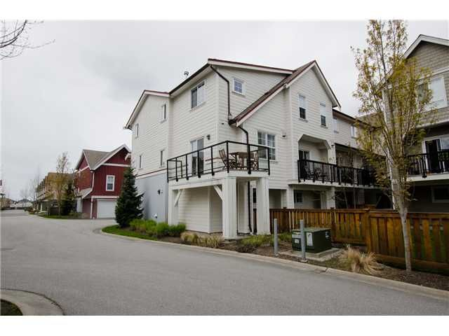 """Main Photo: 36 12251 NO 2 Road in Richmond: Steveston South Townhouse for sale in """"NAVIGATOR'S COVE"""" : MLS®# V1058569"""