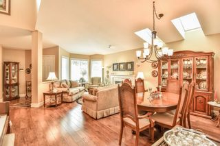 """Photo 4: 4 6488 168 Street in Surrey: Cloverdale BC Townhouse for sale in """"TURNBERRY"""" (Cloverdale)  : MLS®# R2298563"""
