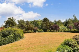 Photo 13: 207 3009 Brittany Dr in : Co Triangle Condo for sale (Colwood)  : MLS®# 877239