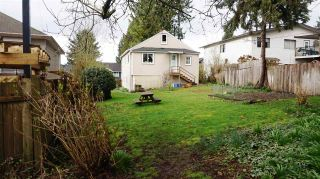 Photo 8: 210 BERNATCHEY Street in Coquitlam: Coquitlam West House for sale : MLS®# R2041025