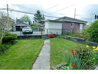 """Photo 12: 2840 TRIUMPH Street in Vancouver: Hastings East House for sale in """"Hastings Sunrise"""" (Vancouver East)  : MLS®# V1033921"""