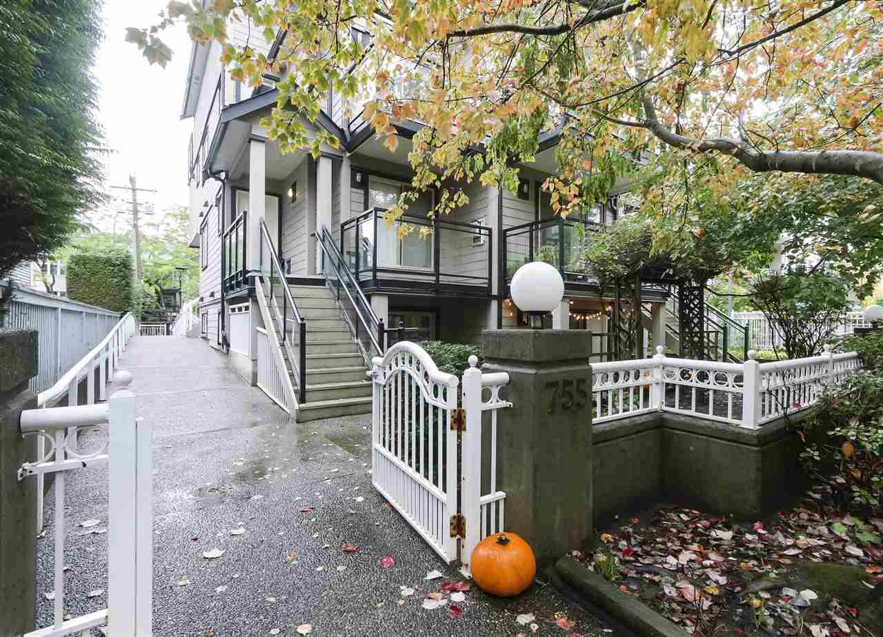Main Photo: 102 755 W 15TH AVENUE in Vancouver: Fairview VW Townhouse for sale (Vancouver West)  : MLS®# R2409937
