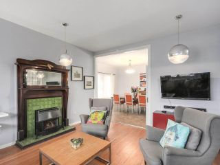 Photo 4: 4616 SLOCAN Street in Vancouver: Collingwood VE House for sale (Vancouver East)  : MLS®# R2244748
