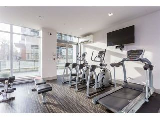 """Photo 4: 1708 13325 102A Avenue in Surrey: Whalley Condo for sale in """"THE ULTRA"""" (North Surrey)  : MLS®# R2430204"""