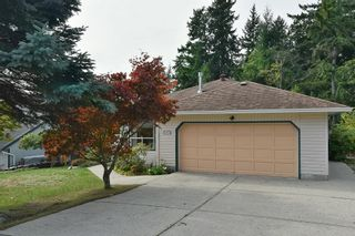 """Photo 3: 491 OCEAN VIEW Drive in Gibsons: Gibsons & Area House for sale in """"Woodcreek Park"""" (Sunshine Coast)  : MLS®# R2624435"""
