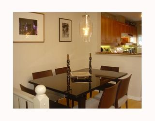 """Photo 6: 3727 W 10TH Ave in Vancouver: Point Grey Townhouse for sale in """"THE FOLKSTONE"""" (Vancouver West)  : MLS®# V644591"""