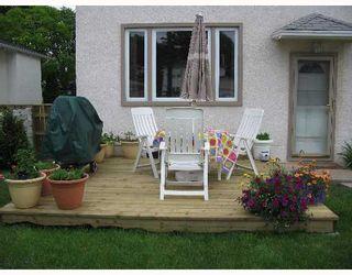 Photo 2: 687 WATERLOO Street in WINNIPEG: River Heights / Tuxedo / Linden Woods Single Family Detached for sale (South Winnipeg)  : MLS®# 2710072