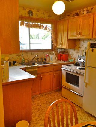 Photo 2: 13307 - 130 Street: Edmonton House for sale : MLS®# E3376581