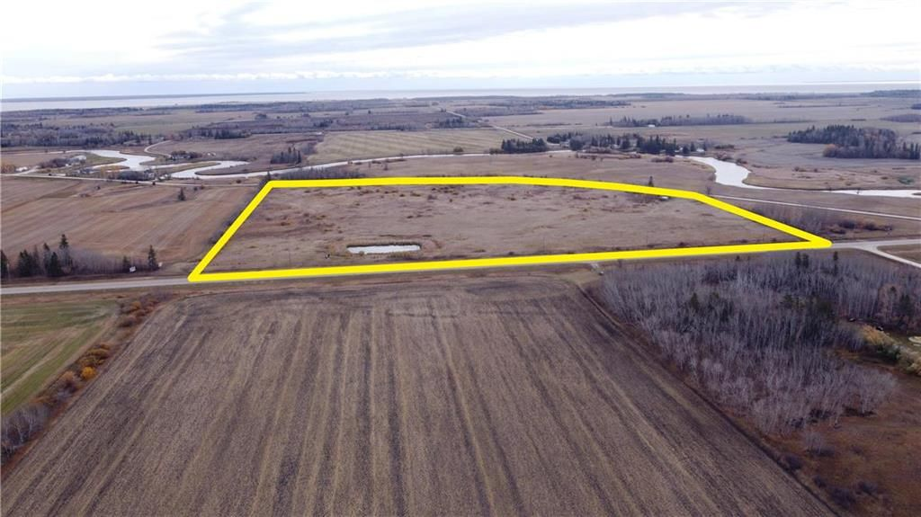 Main Photo: 0 PTH 8 Highway in Riverton: RM of Bifrost Farm for sale (R19)  : MLS®# 202108941