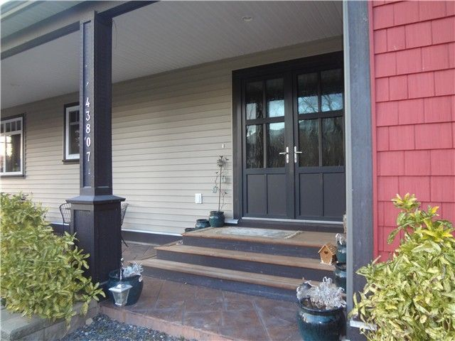 Photo 2: Photos: 43807 KEITH WILSON Road in Sardis: Sardis West Vedder Rd House for sale : MLS®# H1400617