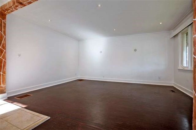 Photo 2: Photos: Main 50 S Wilson Road in Oshawa: Central House (Bungalow) for lease : MLS®# E3980743