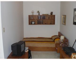 """Photo 4: 410 2320 W 40TH Avenue in Vancouver: Kerrisdale Condo for sale in """"MANOR GARDENS"""" (Vancouver West)  : MLS®# V695357"""