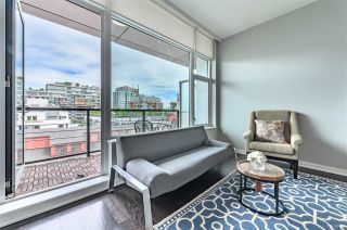 "Photo 9: 703 123 W 1ST Avenue in Vancouver: False Creek Condo for sale in ""Compass"" (Vancouver West)  : MLS®# R2404404"
