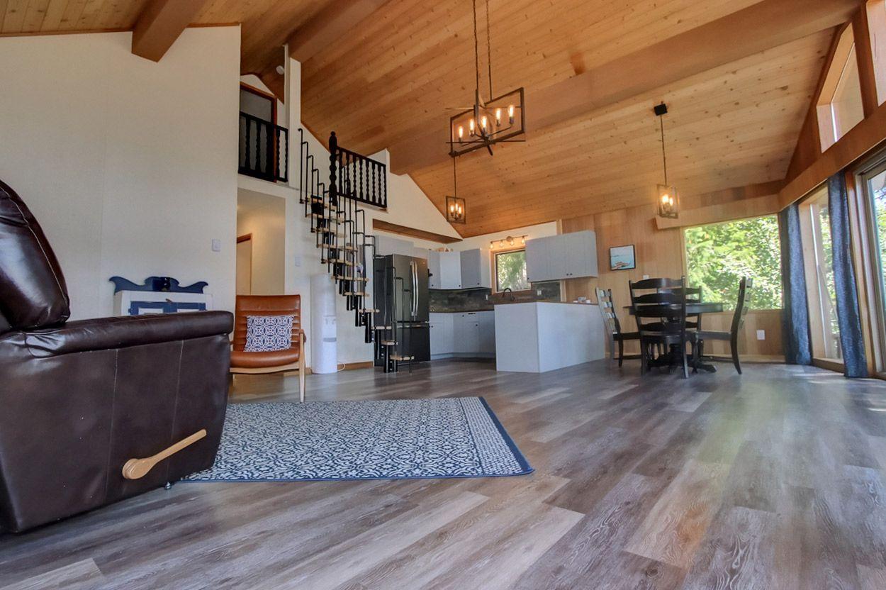 Photo 17: Photos: 18 6102 Davis Road: Magna Bay House for sale (North Shuswap)  : MLS®# 10202825