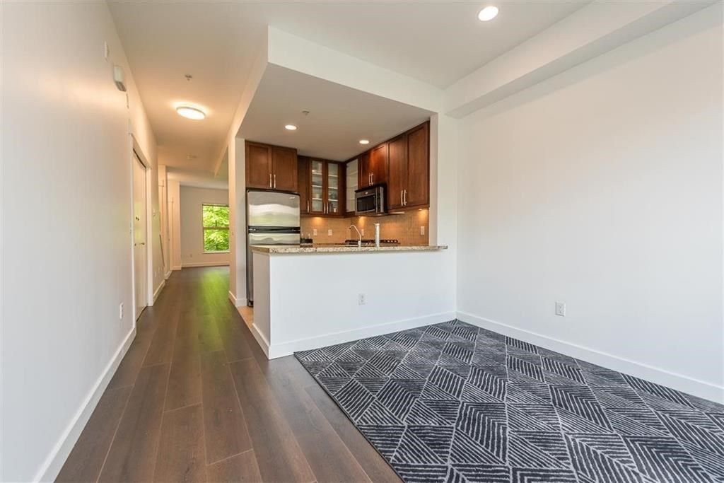 """Photo 9: Photos: 9 307 E 15TH Street in North Vancouver: Central Lonsdale Townhouse for sale in """"AVONDALE"""" : MLS®# R2477092"""