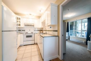 """Photo 10: 312 155 E 3RD Street in North Vancouver: Lower Lonsdale Condo for sale in """"The Solano"""" : MLS®# R2040502"""