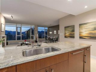 Photo 10: 902 1333 W 11TH AVENUE in Vancouver: Fairview VW Condo for sale (Vancouver West)  : MLS®# R2346447