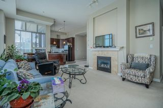 """Photo 3: 801 1581 FOSTER Street: White Rock Condo for sale in """"Sussex House"""" (South Surrey White Rock)  : MLS®# R2603726"""