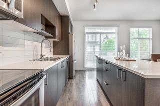 """Photo 10: 144 15230 GUILDFORD Drive in Surrey: Guildford Townhouse for sale in """"GUILDFORD THE GREAT"""" (North Surrey)  : MLS®# R2610132"""