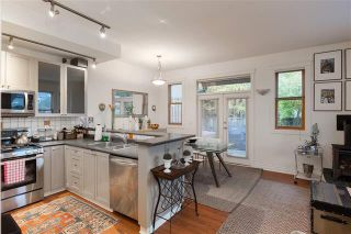 Photo 2: 840 Dunlevy Street in Vancouver: Mount Pleasant VE House for sale (Vancouver East)  : MLS®# R2159141