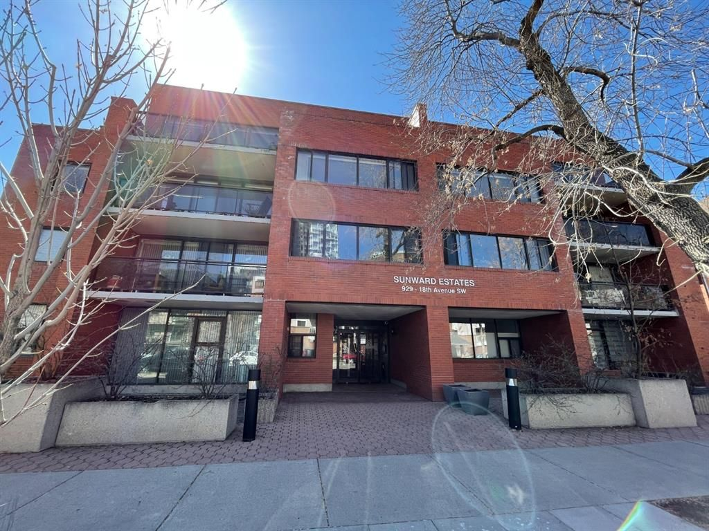 Main Photo: 302 929 18 Avenue SW in Calgary: Lower Mount Royal Apartment for sale : MLS®# A1098026
